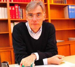 Dr Bruno Mompeyssin